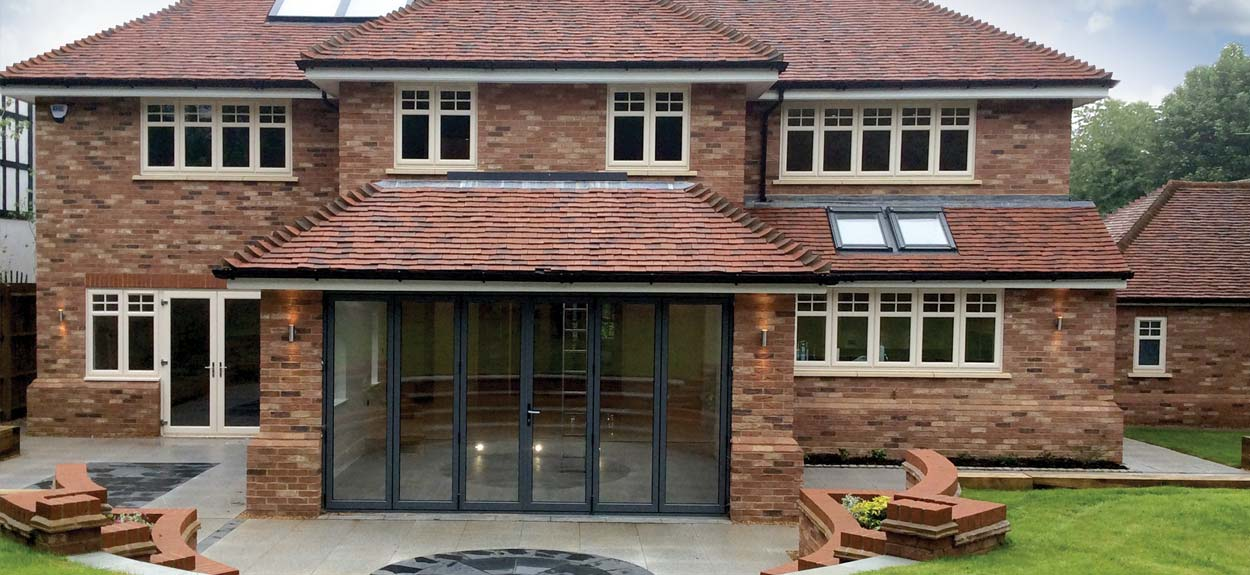 Multifolding doors diamond glass and windows